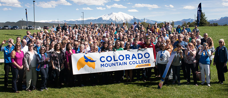 Colorado Mountain College faculty and staff group photo, 2016.